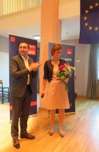 Elke Zehetner mit dem Ortsvorsitzenden Bayram Yerli